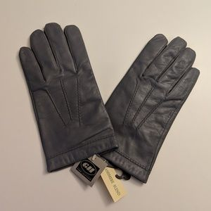 gloves international